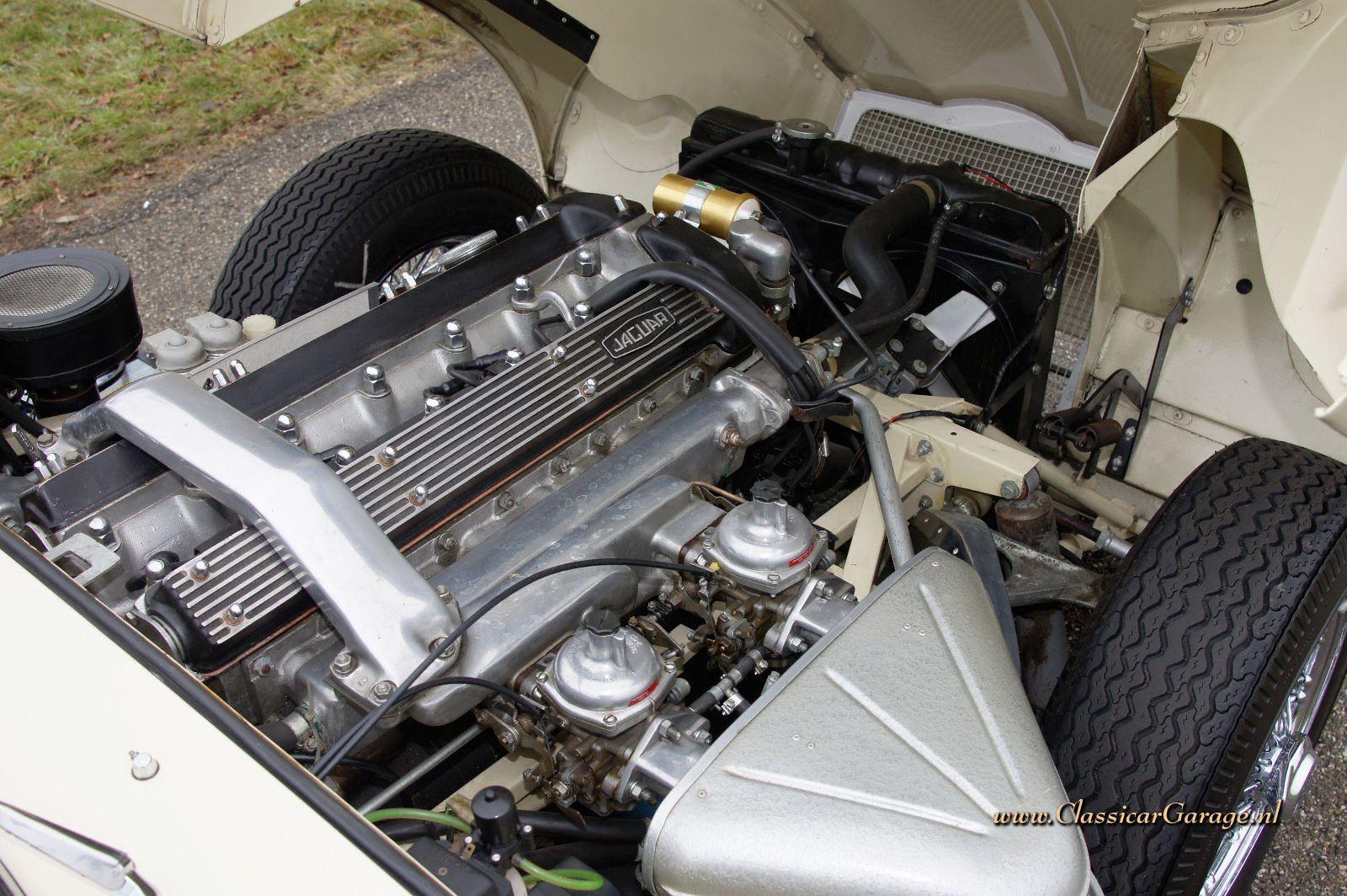 Jaguar E Type further 1967 Jaguar Xke Roadster further Adjusting A Stromberg Carburettor also 1961 JAGUAR XKE ROADSTER 178684 furthermore 1963 JAGUAR XKE ROADSTER 137727. on jaguar xke engine