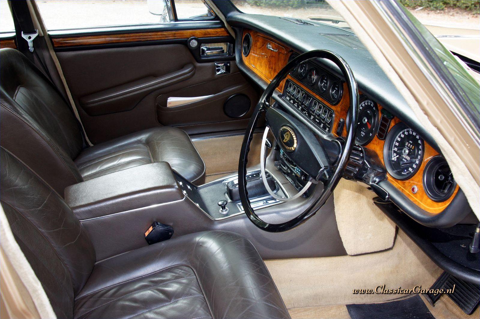 Dainler Double Six Vanden Plas Lwb 1973 Details